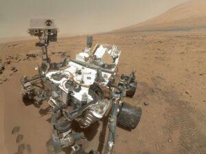 selfi by curiosity rover